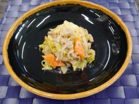 キャベツと豚肉のゴマ味噌マヨ炒め